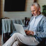 ¿Qué puede hacer un jubilado para ganar dinero?
